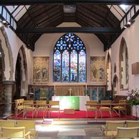 <p>Canterbury, St Paul central aisle and altar&nbsp;</p>